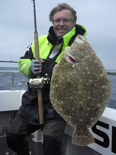 Dan from sweden with an 8lb brill
